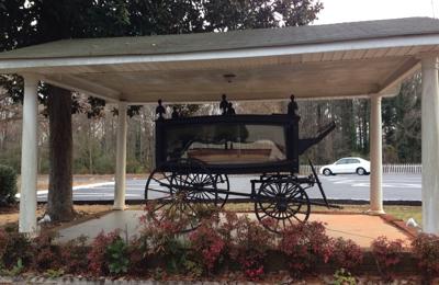 Gene Davis Funeral Home - White Columns Chapel - Mableton, GA