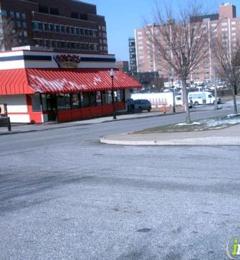 Popeyes Louisiana Kitchen 300 N Broadway Baltimore Md