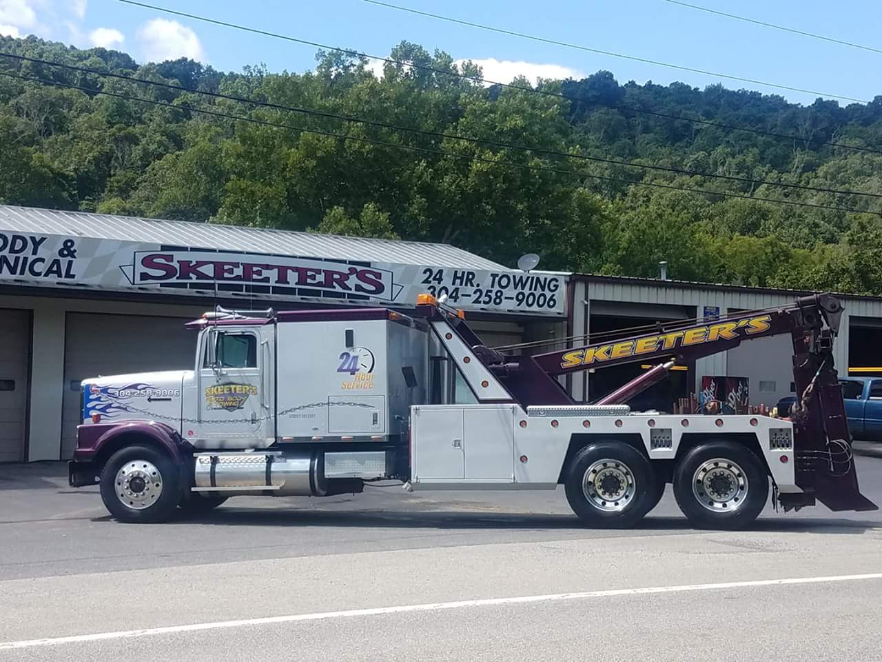 Skeeter's Auto Body and Towing LLC 1332 Valley Rd, Berkeley