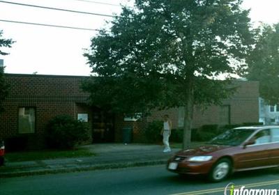 Hallmark Health Medical Associates Revere 425 Revere St, Revere, MA