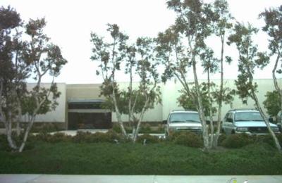 Fashion Institute Of Design Merchandising Orange County 17590 Gillette Ave Irvine Ca 92614 Yp Com