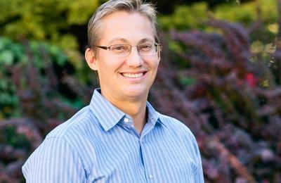 Brian M Berg DDS - Tacoma, WA