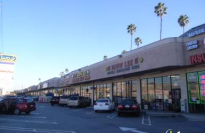 China Lee - Los Angeles, CA