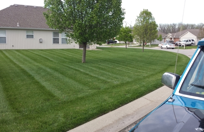 EZ Lawn Care, LLC - Independence, MO