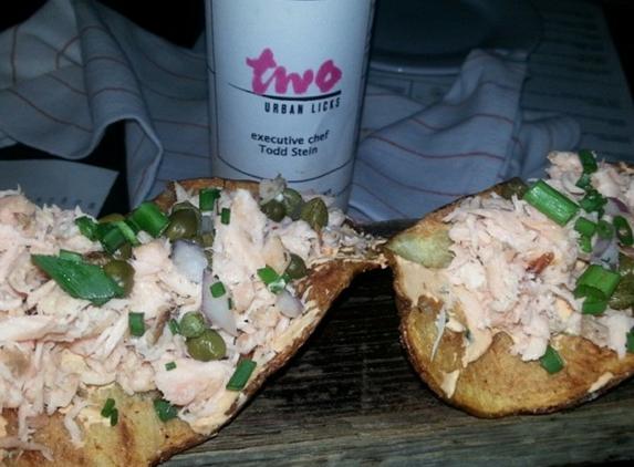 Two Urban Licks - Atlanta, GA. Salmon chips ����