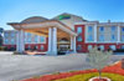 Holiday Inn Express & Suites Thomasville - Thomasville, GA