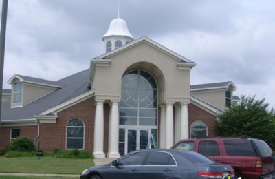 Maples Memoral United Methodist Church - Olive Branch, MS