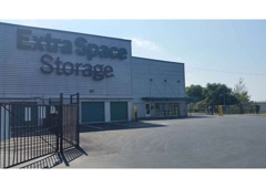 Nice Extra Space Storage   Saugus, MA