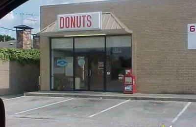 Donut Palace - Dallas, TX