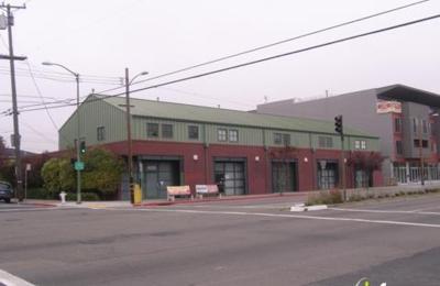 Lux Silver - Oakland, CA