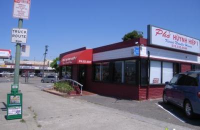 Pho Huynh Hiep Restaurant - Oakland, CA