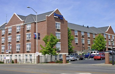 Fairfield Inn & Suites - Kansas City, MO