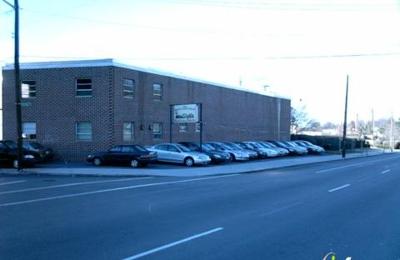 Richmond Motor Sales & Rentals - Providence, RI