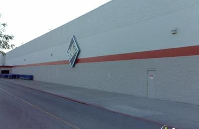 Walmart Supercenter - Cicero, IL
