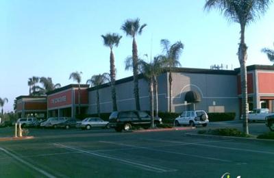 Concourse Bowling Center - Anaheim, CA