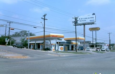 Hollywood Park Automotive - San Antonio, TX