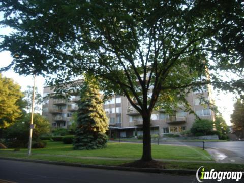 Sutton Park Condominium 1400 East Ave Rochester Ny 14610