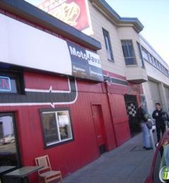 L'acajou - www.lacajoubakerycafe.com, CA