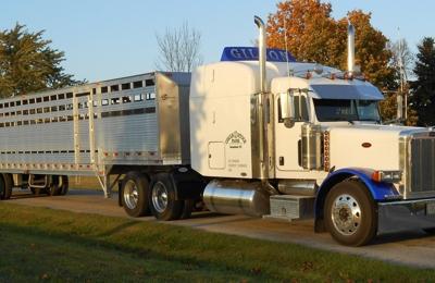 Gilson livestock trucking/ Circle J Stock Farm - Greenleaf, WI