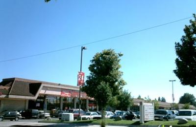 MinuteClinic - Burbank, CA