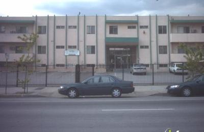 Crest View Apts - Los Angeles, CA