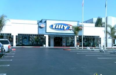 Tilly's - Huntington Beach, CA