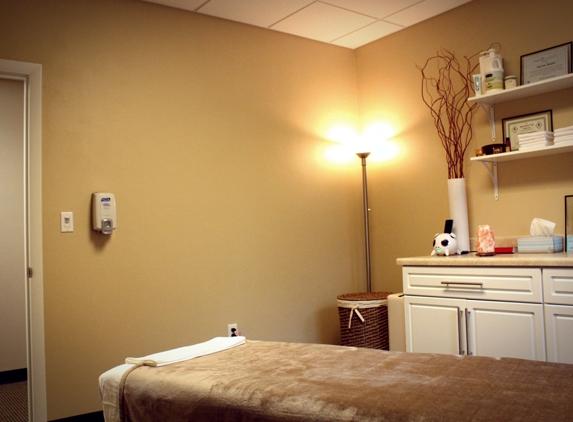 Axiom Massage - Tallahassee, FL