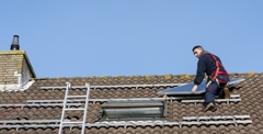 Wood, clay, asphalt - there are many material options available for your roof.
