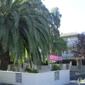 Golf Club Manor Apartments - Hayward, CA