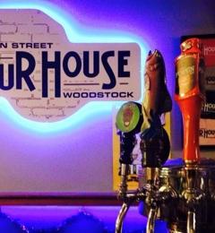 Main Street Pour House - Woodstock, IL