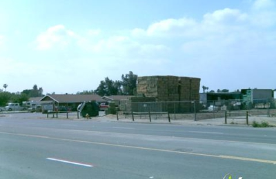 Tony's Hay & Grain - Norco, CA