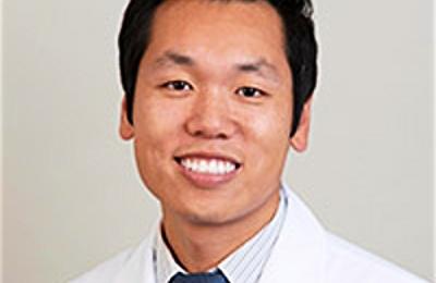 Dr. Alexander Chiang, MD - Santa Monica, CA