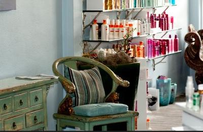 Allure Hair Studio & Day Spa - Kailua, HI