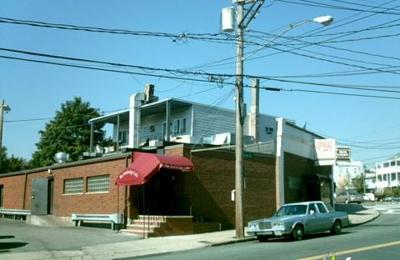 New Bridge Cafe - Chelsea, MA
