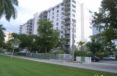 Waterside Tower Condominums - North Miami, FL