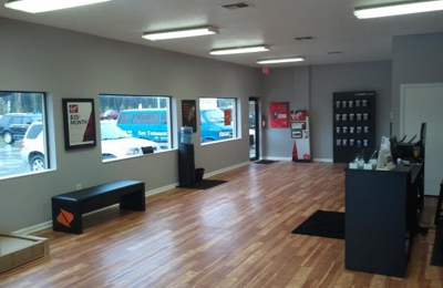 Boost Mobile and Virgin Mobile Store by Cellspire LLC 6001 Babcock