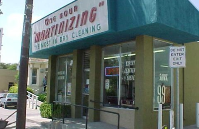 University One Hour Martinizing Dry Cleaners - Berkeley, CA