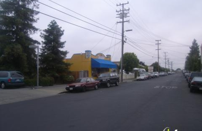 Willow Market - Redwood City, CA