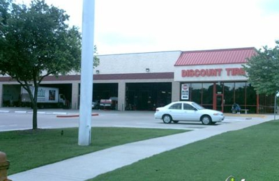 Discount Tire - Austin, TX
