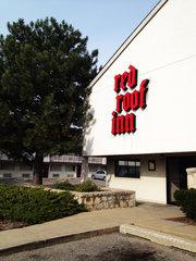 Red Roof Inn Grand Rapids Mi Grr Airport Hotel Parking