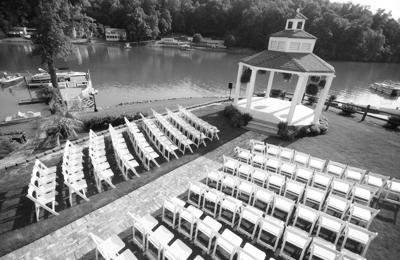 Victorian Villa On Lake Wylie - Charlotte, NC