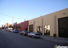 SF Hound Lounge Dog Daycare & Self Serve Dog Bath - San Francisco, CA