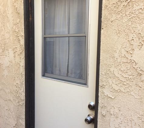 A Dan The Handyman - Santa Ana, CA. New door