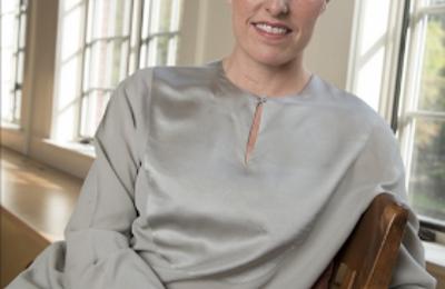 Dr. Jen Wilhelm - Chiropractor - Portland, OR