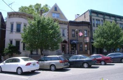 Hall Lonnie DDS - West New York, NJ