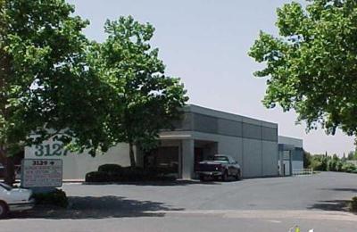 Title Nine Sports - Sacramento, CA