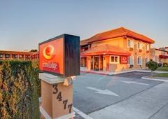 Econo Lodge - Santa Clara, CA
