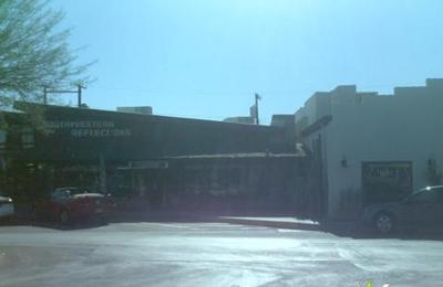 Southwestern Reflections - Scottsdale, AZ