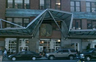 Chelsea Market Baskets - New York, NY