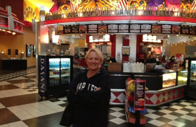 AMC Theaters - Woodridge, IL